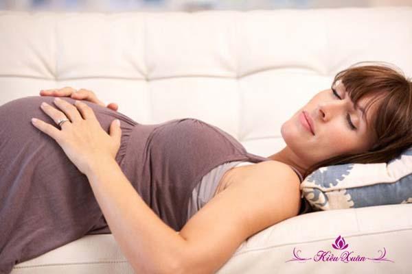 khô âm đạo ở phụ nữ mang thai