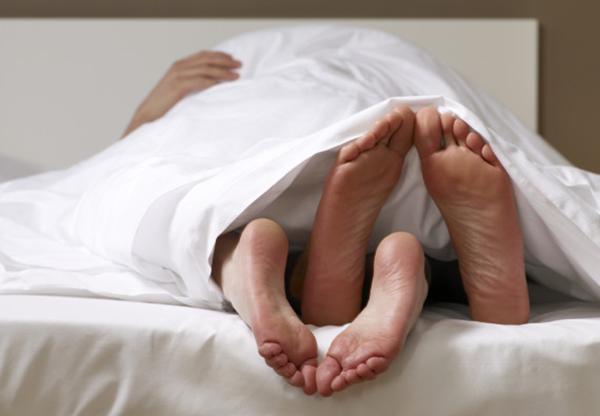 cải thiện tình trạng đau rát và chảy máu khi quan hệ