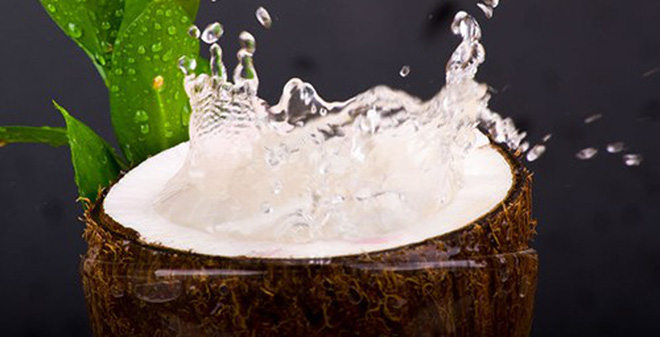 Tác dụng của nước dừa đối với kinh nguyệt