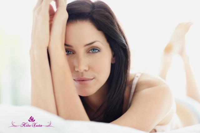 Những chú ý khi chọn viên uống cân bằng nội tiết tố nữ