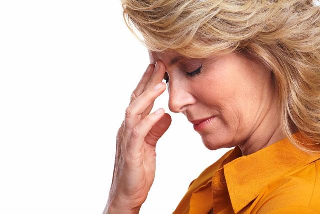 Thời kỳ tiền mãn kinh và triệu chứng chóng mặt, mất ngủ